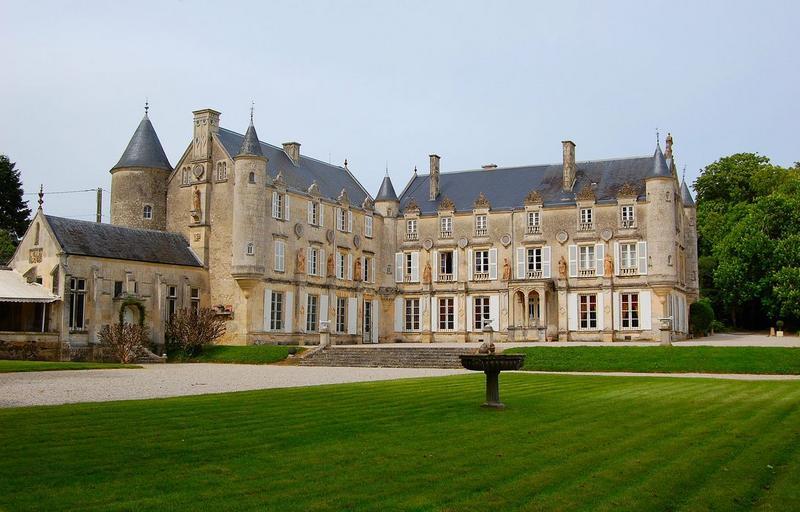Chateau Terre-Neuve